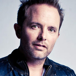 Chris Tomlin - O, Come All Ye Faithful