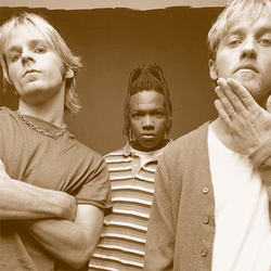 DC Talk - Luv Is a Verb