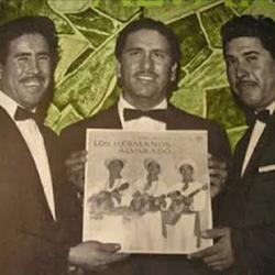 Los Hermanos Alvarado
