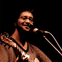 Santiago Benavides - Me Habla de Amor