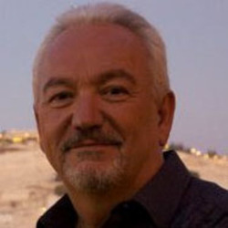Paul Wilbur - El Manto de tu Gloria